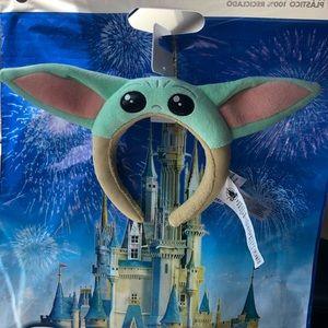 NWT Disney Parks Baby Yoda / The Child Ears